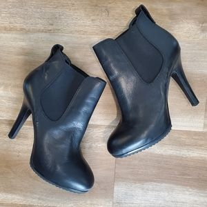 Jessica Simpson JP Kerra Leather Ankle Boots